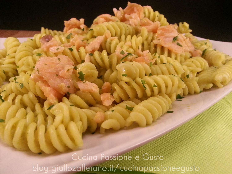 Pasta con salmone e crema di zucchine