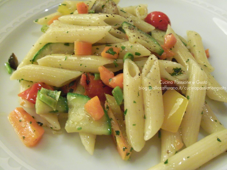 Pasta fredda con verdure al timo