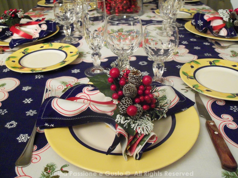 Arredare Tavola Natale come apparecchiare la tavola a natale