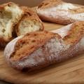Filoncini di pane fatto in casa senza impastatrice