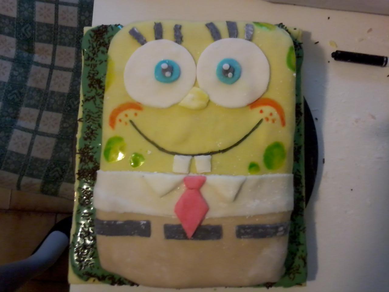 Torta spongebob la cucina di pasticcina for Isola cucina a forma di torta