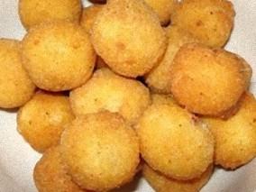 Mozzarelline panate avvolte nel prosciutto cotto – ricetta sfiziosa
