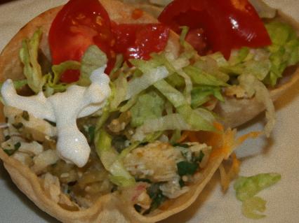 tort1 insalata di pollo in cestino di tortilla