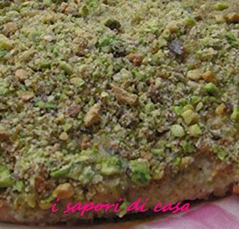 Salmone al forno in crosta di pistacchi