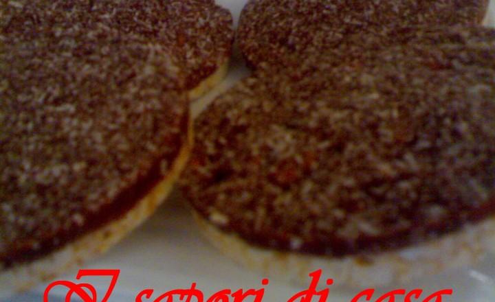 Gallette di riso con cioccolato e cocco