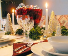 2e7af5d204ab1dc6_christmas_table_decoration