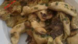 Straccetti di pollo ai funghi trifolati - secondi veloci