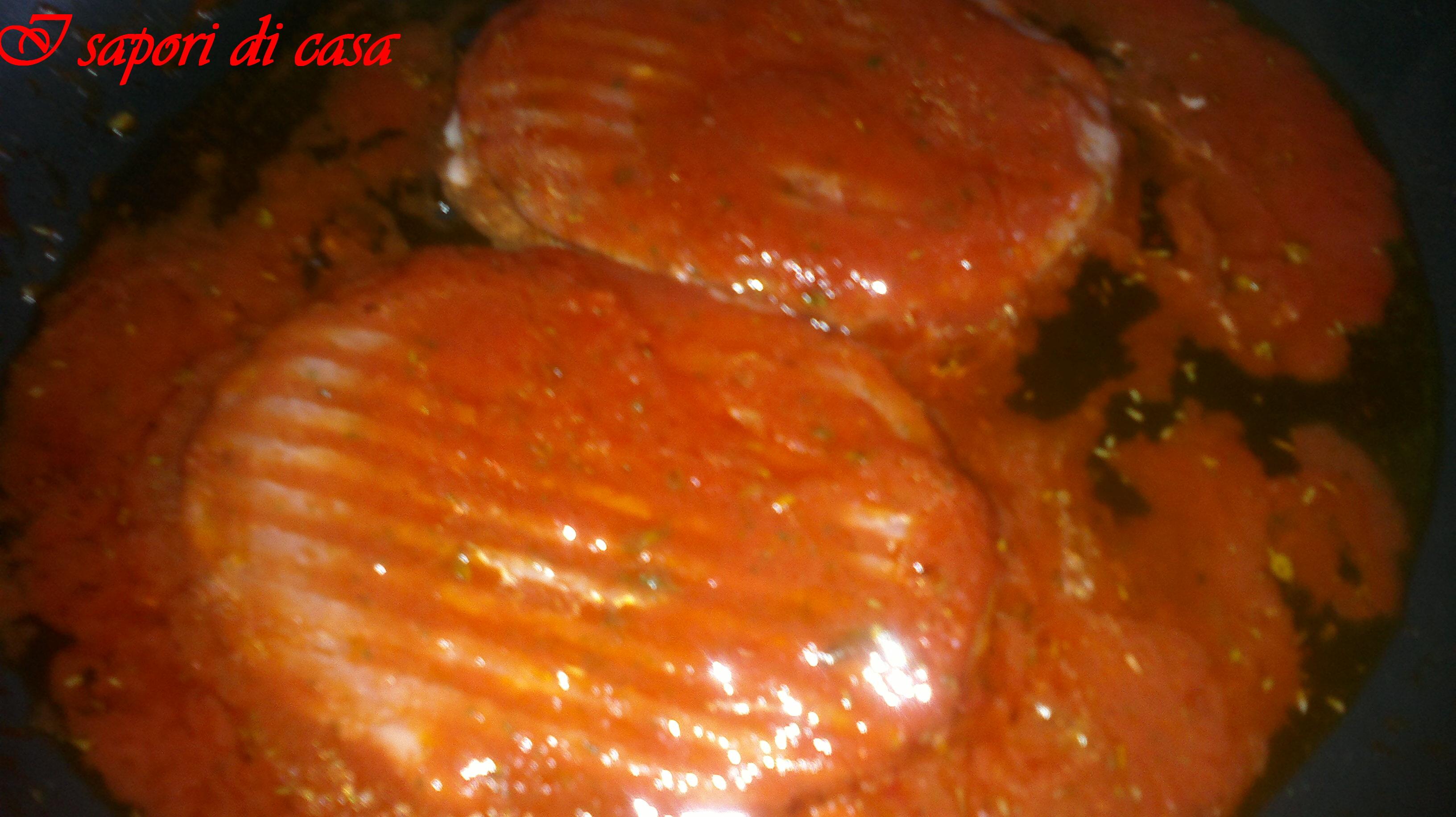 hamburger con sugo al pomodoro ricetta facile e veloce