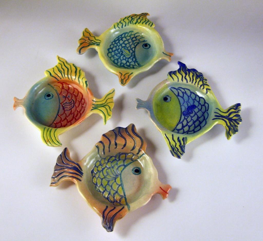 Fish dish round 1024x936 Ricette di pesce (raccolta da leggere e scaricare)
