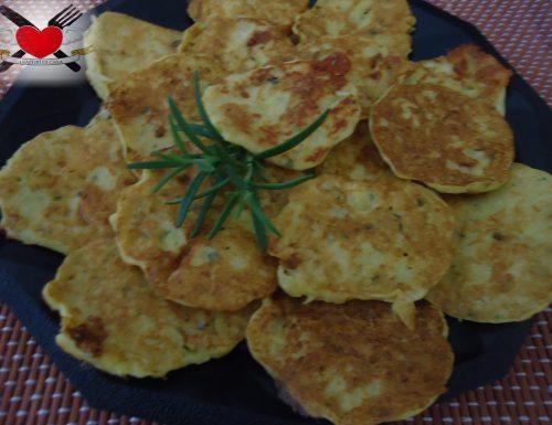 Frittelle di patate e taleggio alla piastra