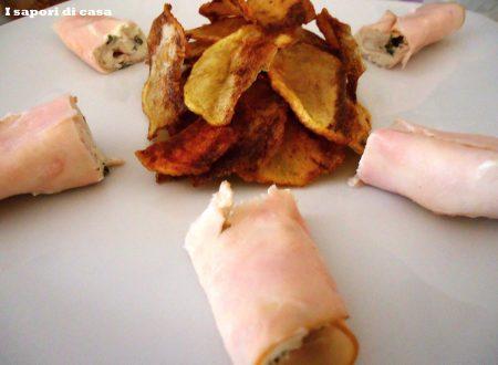 Chips di patate alla paprika con rotolini di tacchino freschi ripieni