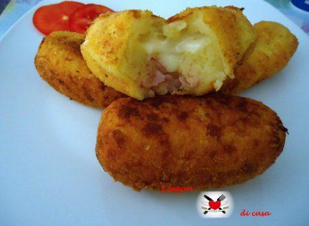 Crocchette di patate con cuore di Asiago e prosciutto cotto