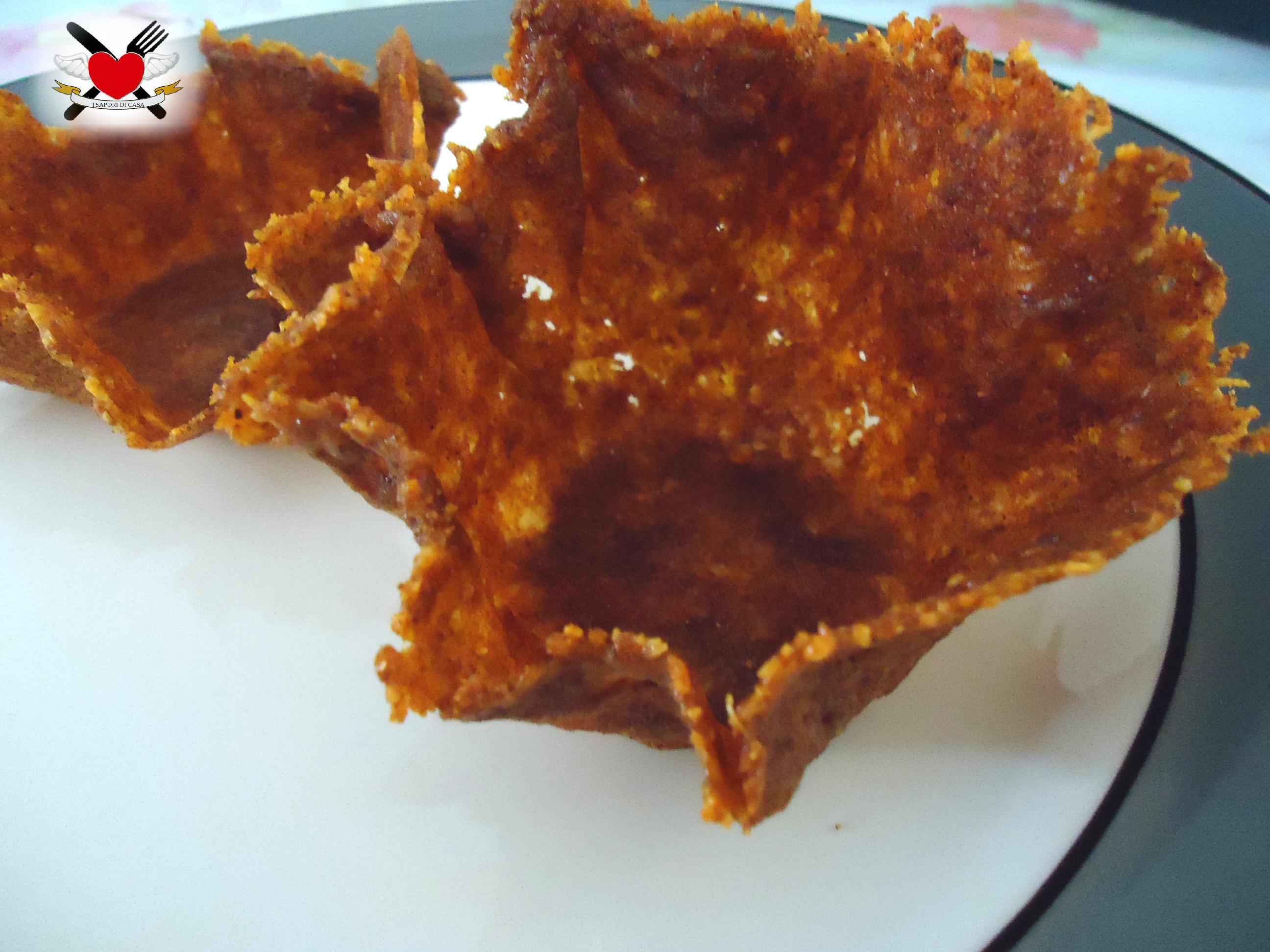 Cestini di parmigiano alla paprika dolce