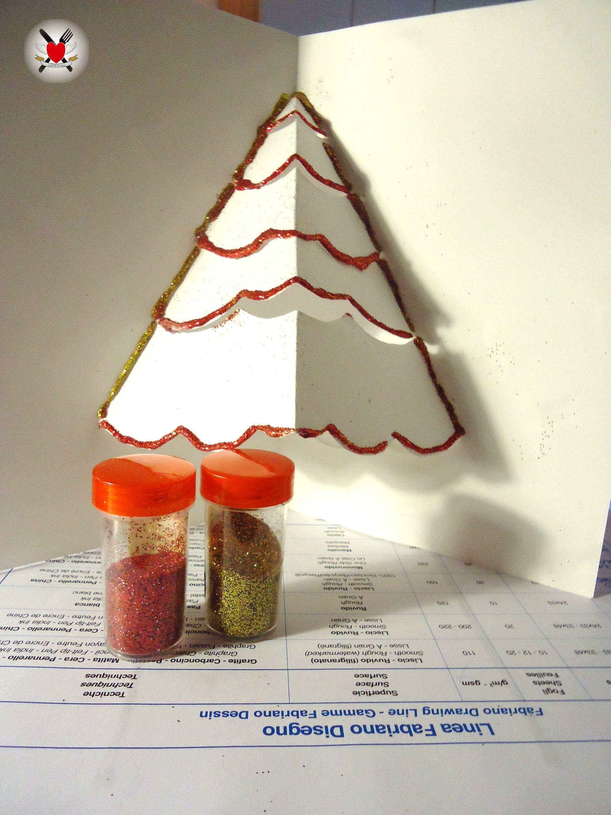 Biglietto di Natale con albero 3D