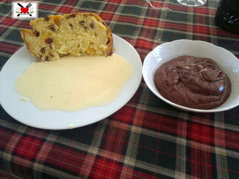 Panettone con zabaione e mousse al cioccolato
