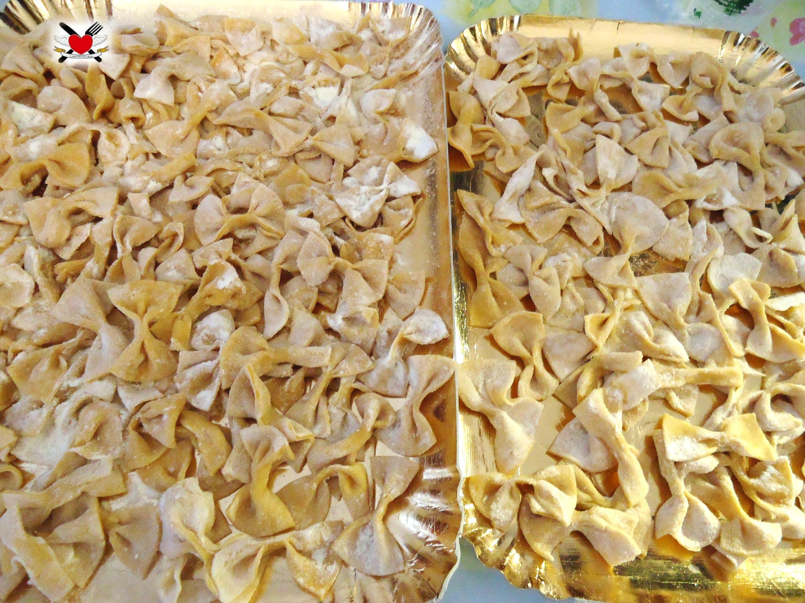 Farfalle fatte in casa - ricetta pasta all'uovo