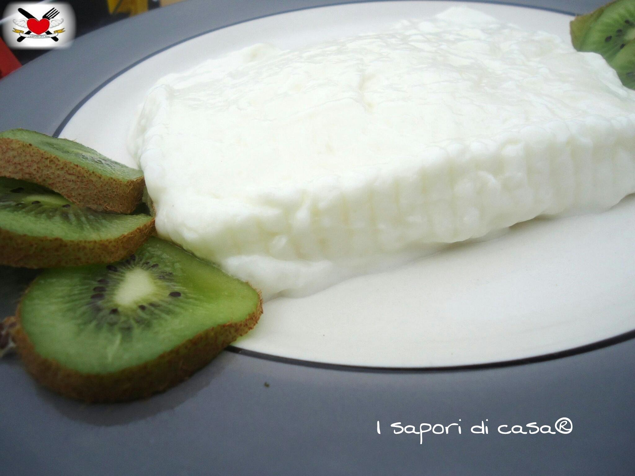 Stracchino fatto in casa - formaggio homemade
