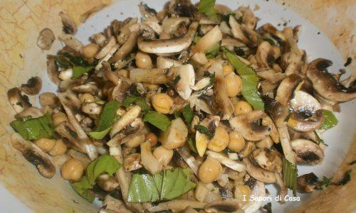 Insalata di champignon e ceci – ricetta light