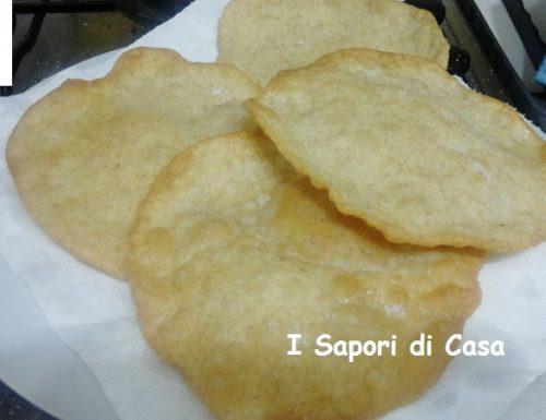 Puri – sfogliatine di pane fritte – ricetta indiana
