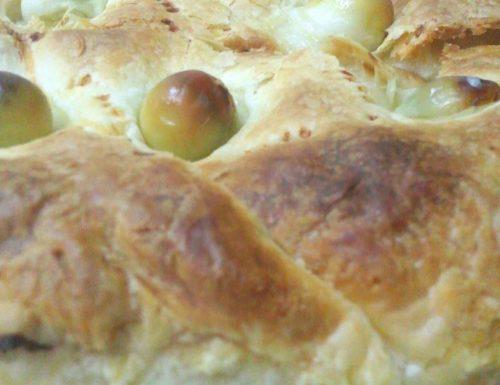 Torta salata con crema di asparagi