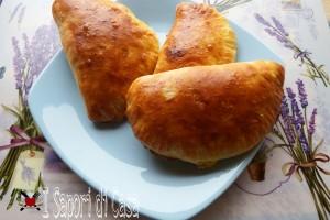 Calzoni siciliani al forno