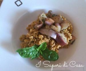 Cous cous con pesto al basilico mandorle e melanzane