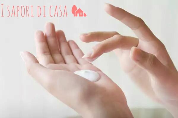 Crema per le mani screpolate fatta in casa