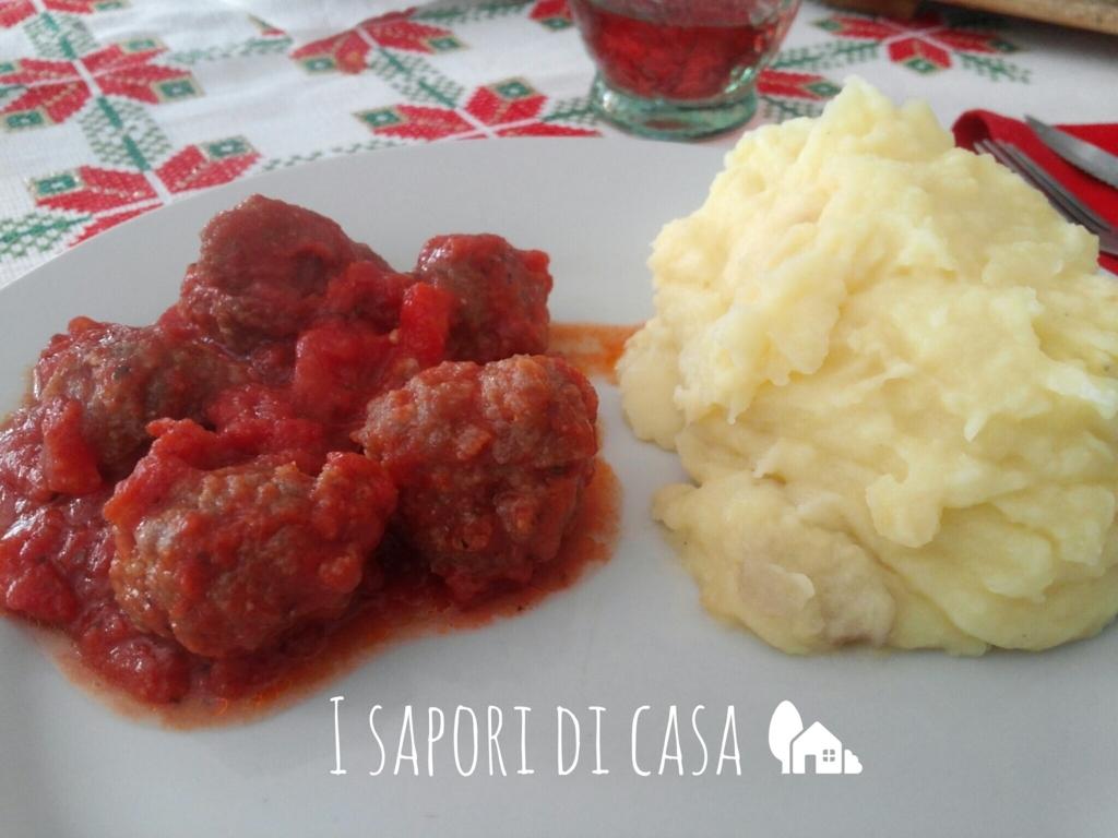 Polpette di carne speziate al sugo
