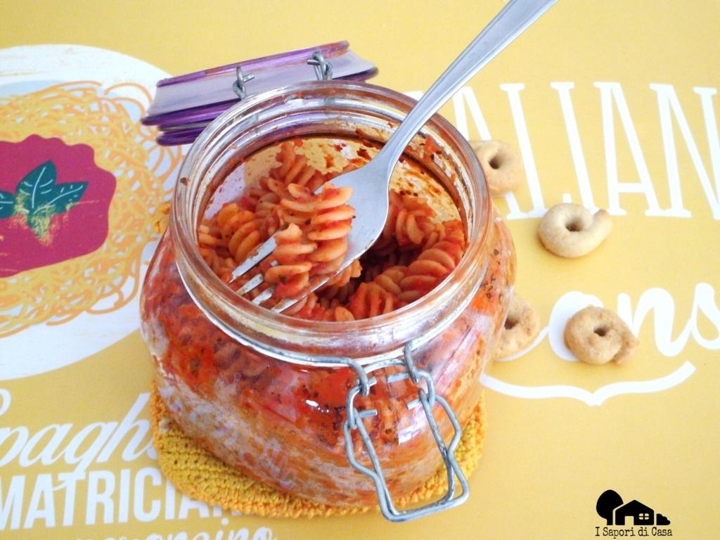 Fusilli di quinoa al sugo in vasocottura