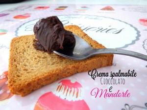 Crema spalmabile al cioccolato fondente e mandorle