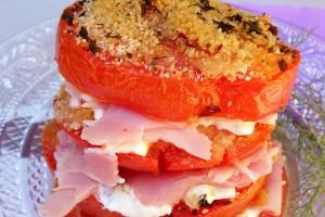 Parmigiana fredda di pomodori gratinati