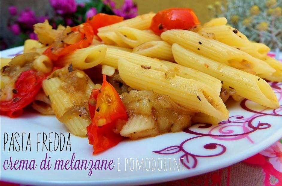 Insalata di pasta con crema di melanzane e pomodorini