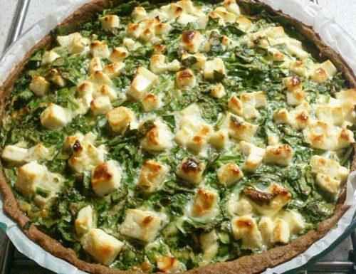 Torta salata integrale con spinaci e feta
