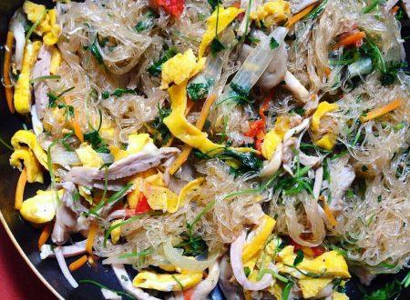 Spaghetti di soia saltati