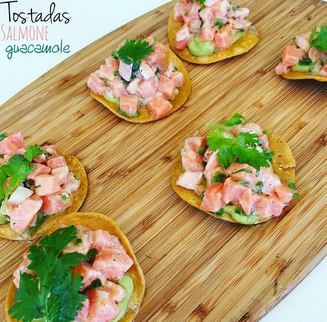 Ricetta Guacamole E Salmone.Tostadas Con Salmone E Guacamole I Sapori Di Casa