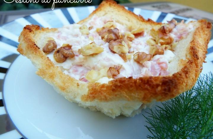 Cestini di pancarrè con prosciutto cotto e formaggio