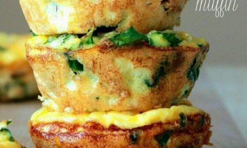 Egg muffins con zucchine e bacon