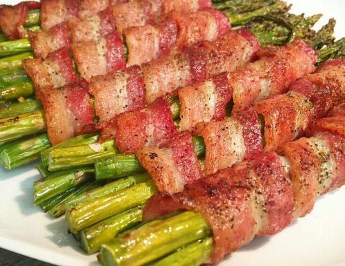 Asparagi arrotolati in pancetta – Bacon wrapped asparagus