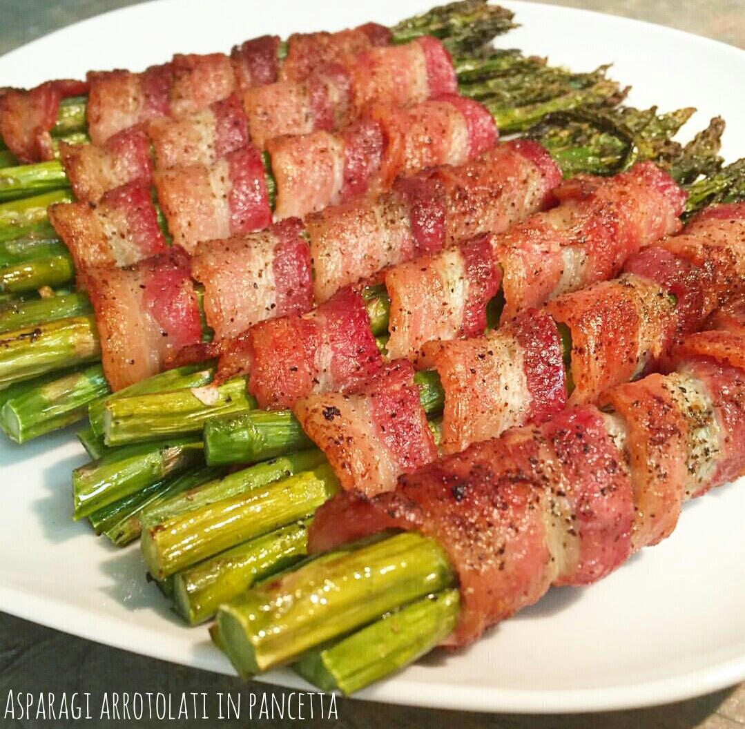 Asparagi arrotolati in pancetta - Bacon wrapped asparagus