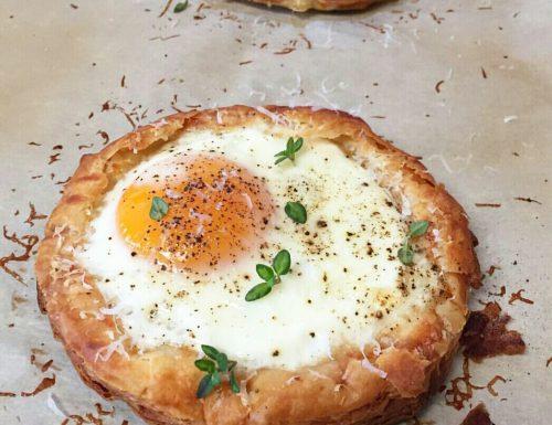 Uova all'occhio di bue in sfoglia – ricetta brunch