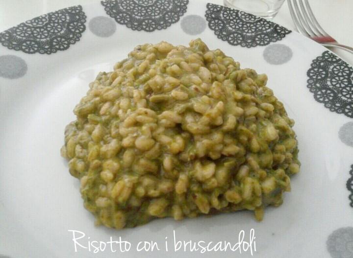 Risotto con i bruscandoli - ricetta Veneto