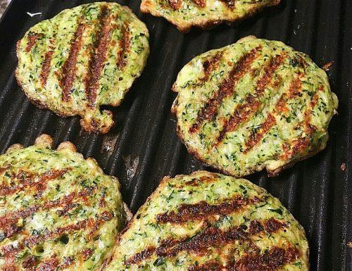 Burger di zucchine alla piastra – ricetta leggera