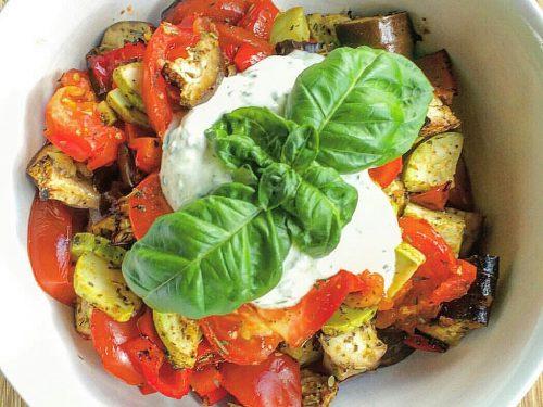 Verdure gratinate con salsa tzatziki