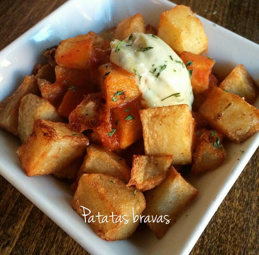 Patatas bravas - ricetta spagnola