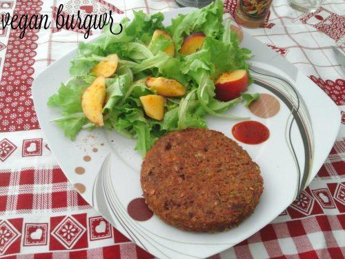 Vegan burger di lenticchie rosse