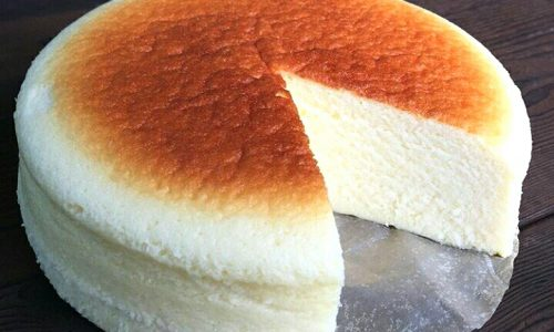Cheesecake giapponese – ricetta con tre ingredienti
