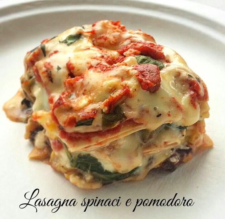 Lasagne con spinaci e pomodoro