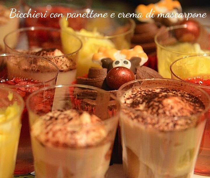 Bicchieri con panettone e crema di mascarpone