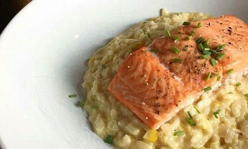 Risotto al salmone – ricetta delle feste