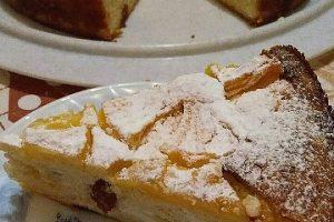 Torta rovesciata ricotta mele e uvetta
